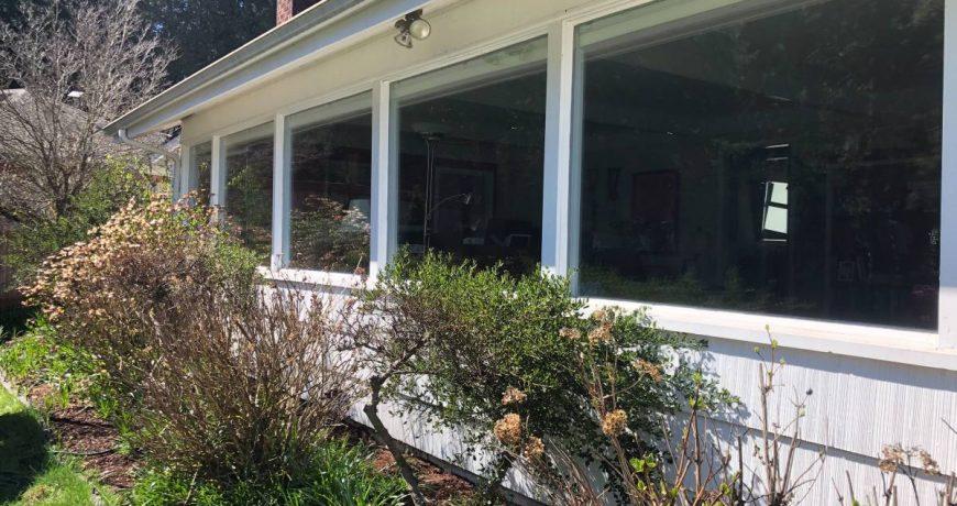 window cleaning burnaby